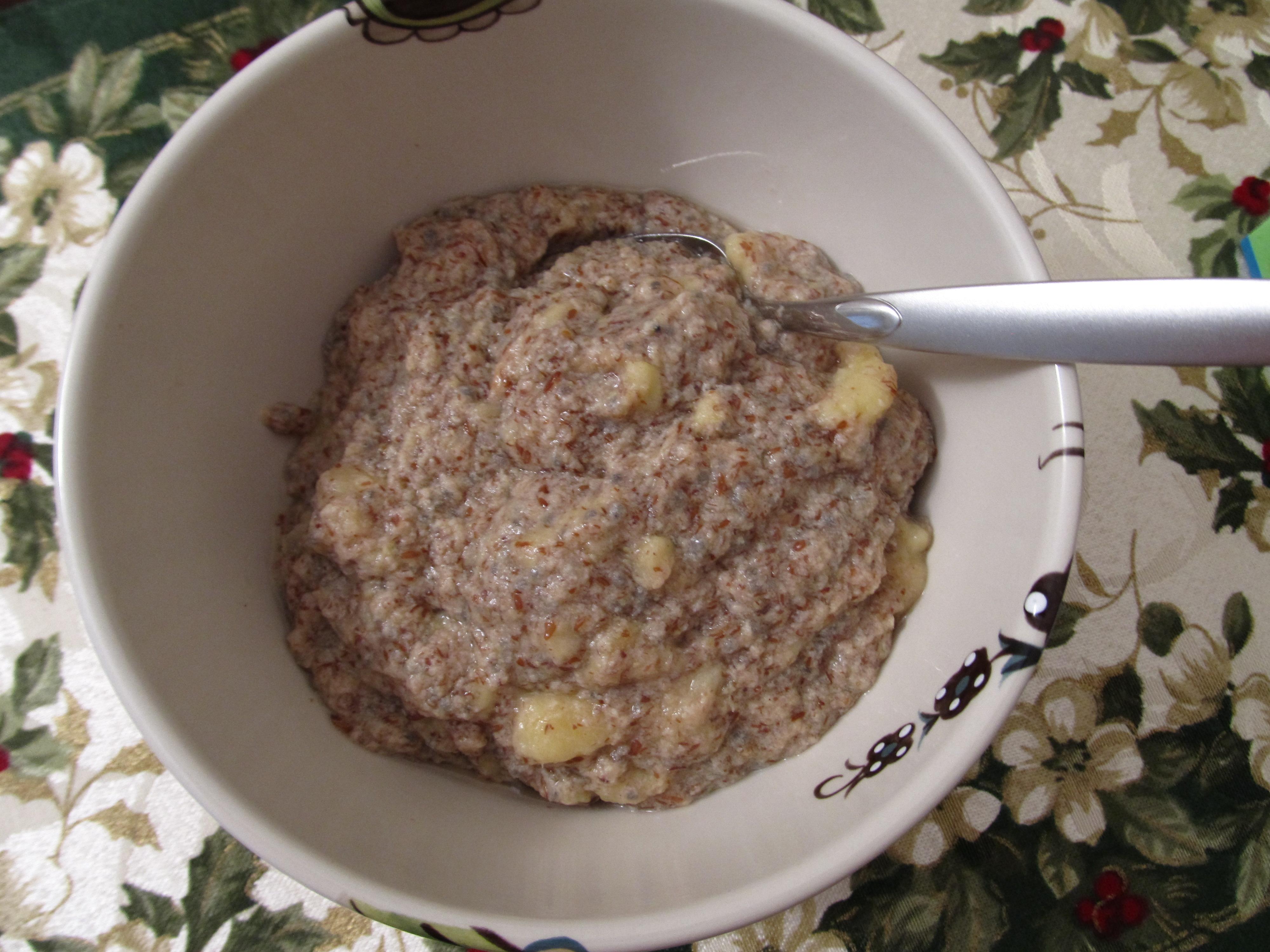12:10-breakfast-oatless-oatmeal