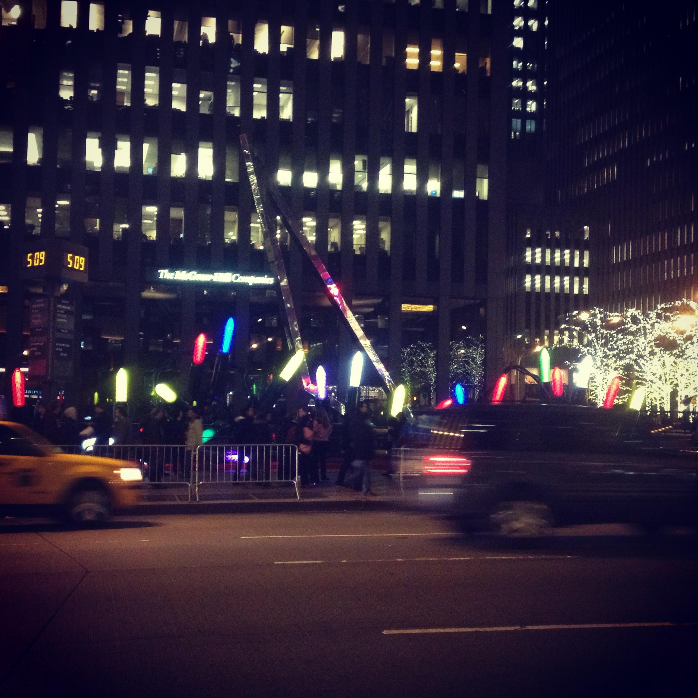christmas-lights-midtown-nyc