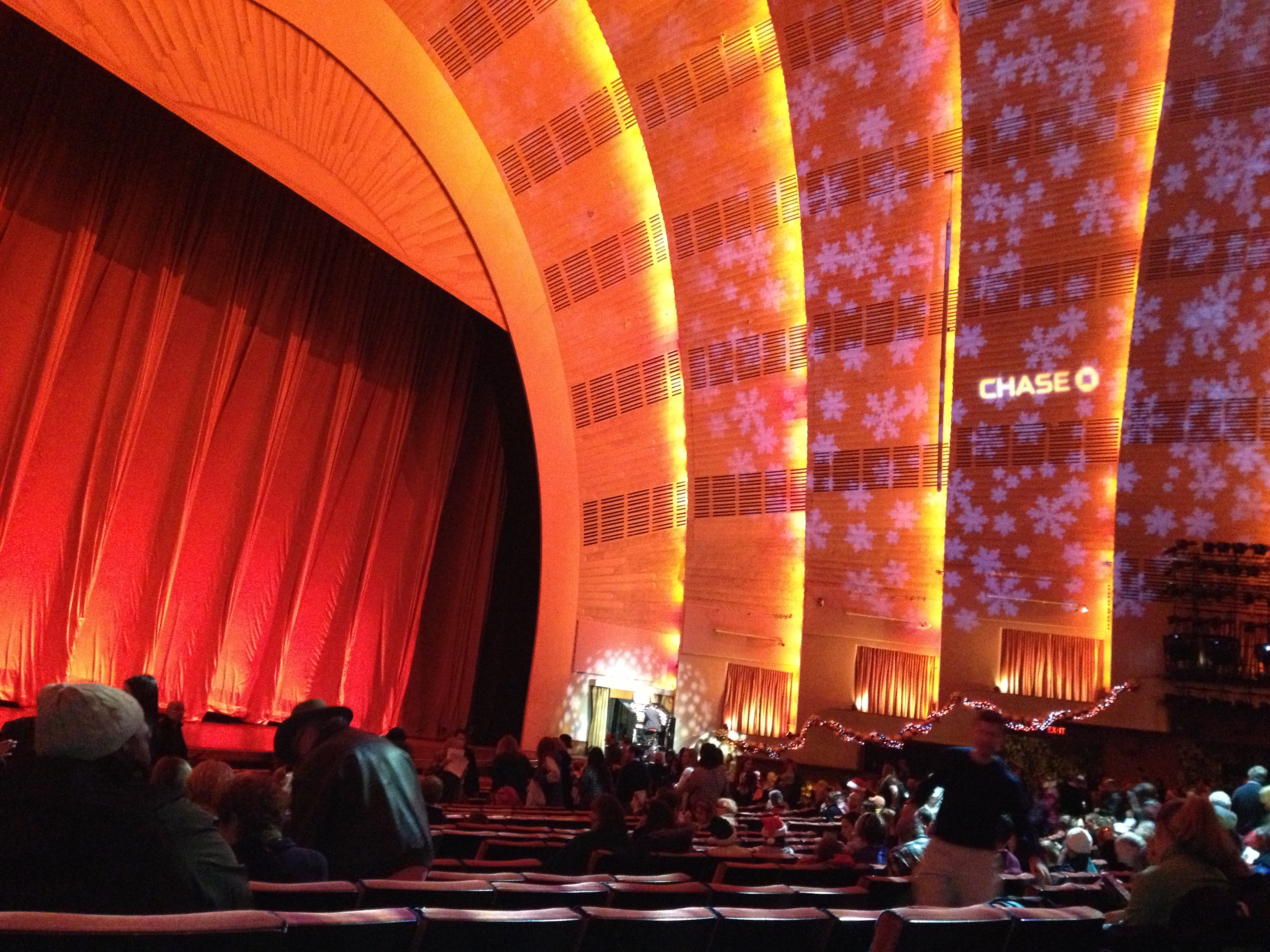 radio-city-music-hall-interior