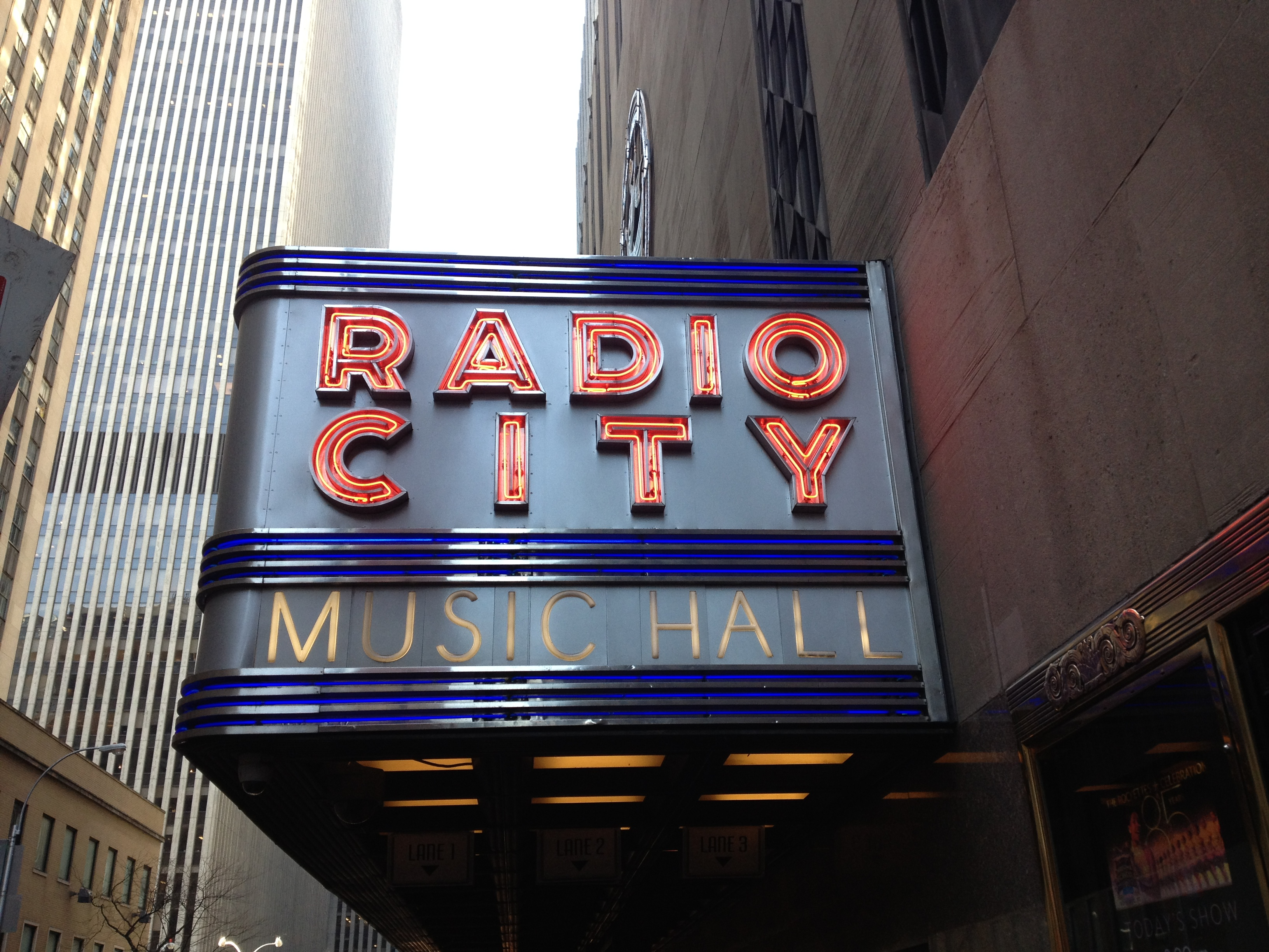 radio-city-music-hall3